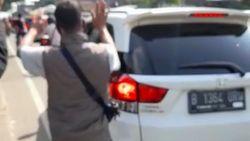 Ogah Diputar Balik, Pengendara Plat B Ngegas dan Ngaku Keluarga Polisi