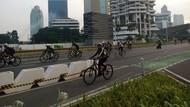 Sejumlah Pesepeda di Sudirman-Thamrin Keluar Jalur Gowes Pagi Ini