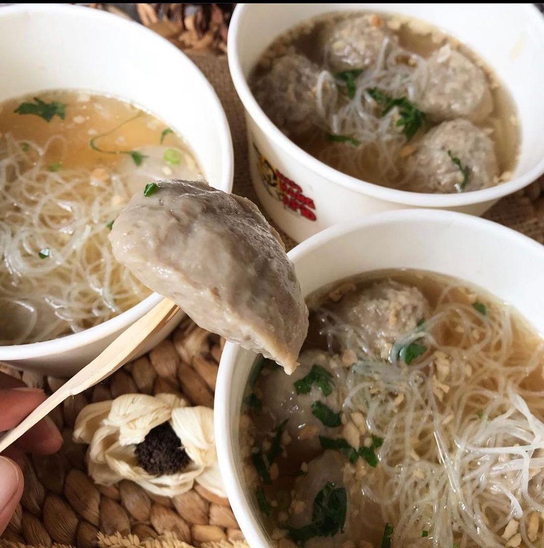 Ini Dia 5 Tempat Makan Bakso Enak di Bandung