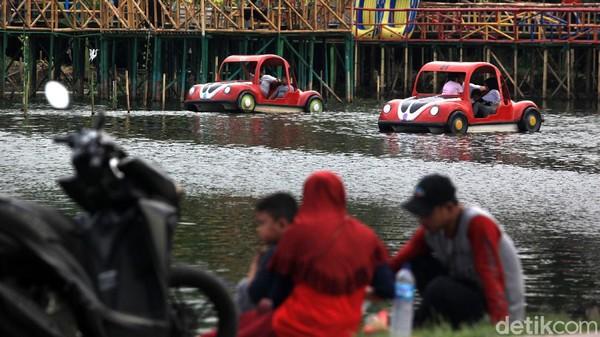 Saat ini, danau tersebut dimanfaatkan warga untuk berwisata dan olahraga memancing.