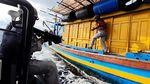 Potret Aksi Bakamla Tangkap Kapal Ikan Vietnam di Perairan RI-Malaysia