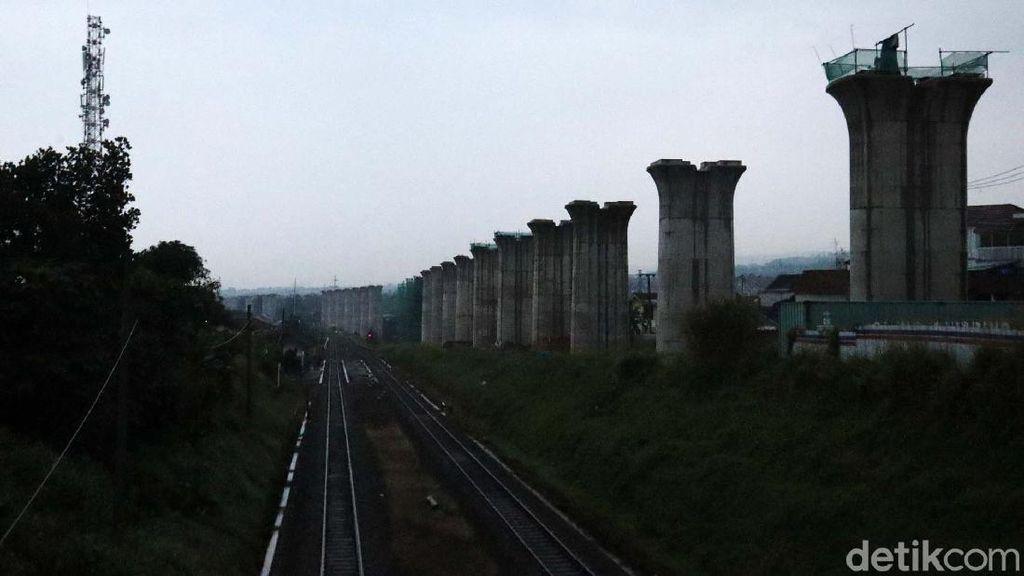 Proyek Kereta Cepat JKT-BDG Dikebut, Bukit-SUTET Menghadang