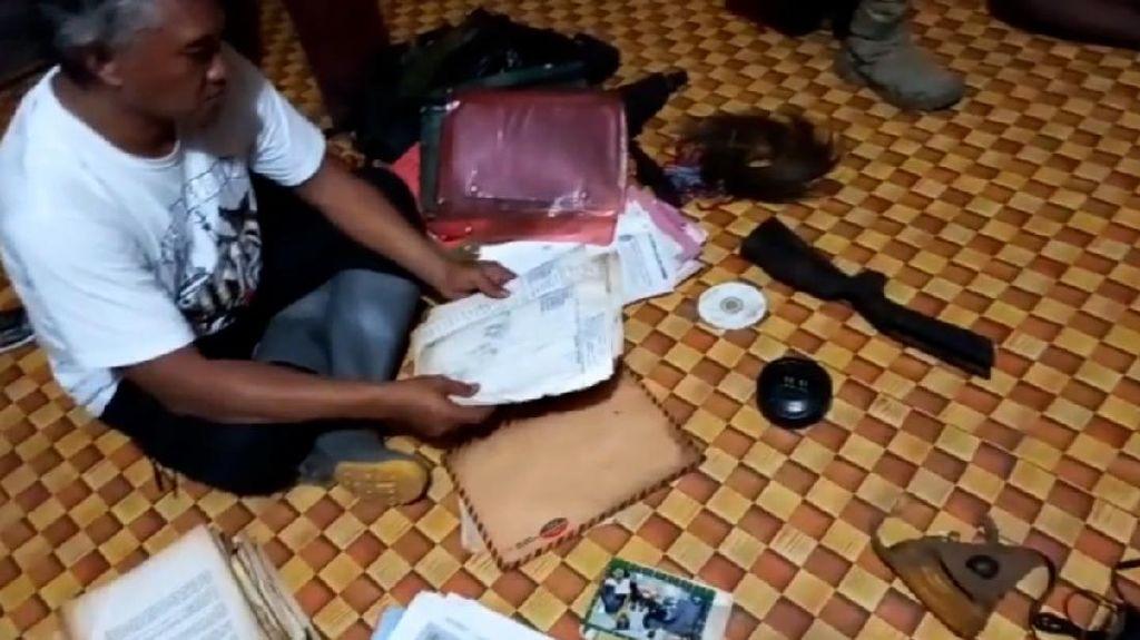 TNI-Polri Gerebek Honai yang Diduga Lokasi Persembunyian KKB