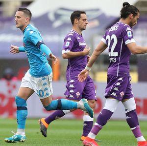 Fiorentina Vs Napoli: Menang 2-0, Partenopei Nyaman di Empat Besar