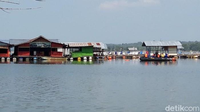 Lokasi perahu wisata terbalik di Waduk Kedungombo, Boyolali, Minggu (16/5/2021).