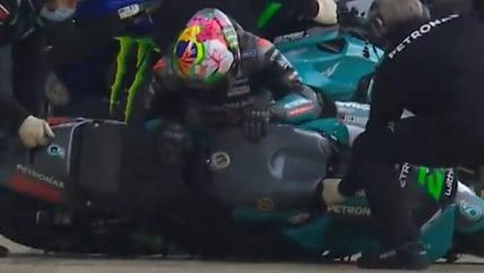 Morbidelli terjatuh saat ganti motor di pitlane saat FP3 MotoGP Prancis