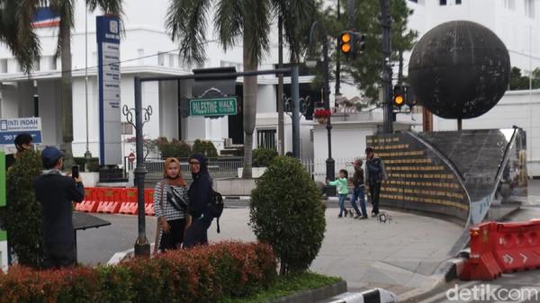 Bandung dipilih Kementerian Luar Negeri, karena Bandung memiliki sejarah besar yang dikenal bangsa-bangsa di dunia.