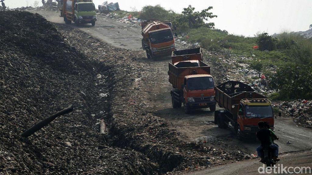 DKI Kirim 2.142 Ton Sampah ke Bantargebang pada Lebaran 2021