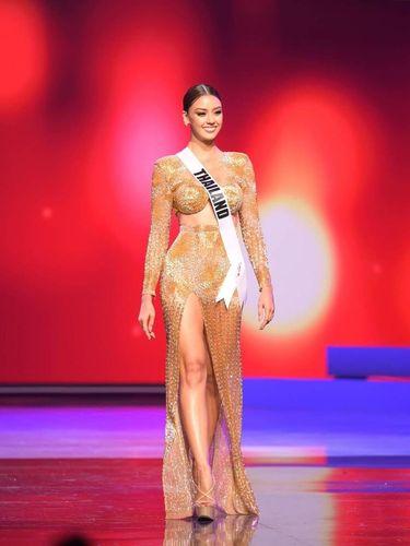 Miss Universe Thailand Amanda Obdam.
