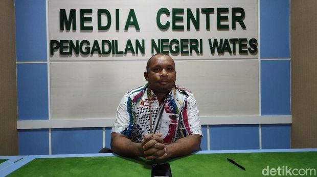 Hakim PN Wates, Edy Sameaputty.