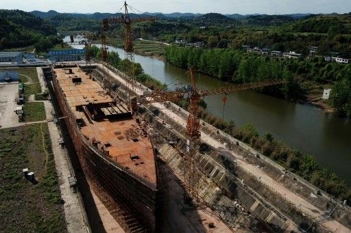 Replika Kapal Titanic di China