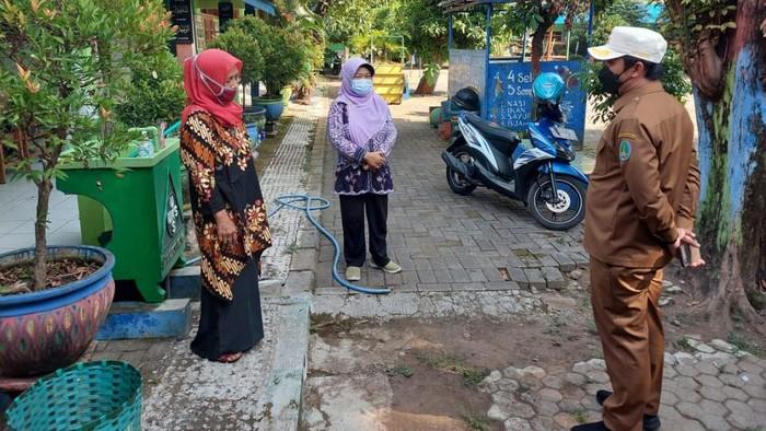 Wakil Wali Kota Pasuruan Adi Wibowo sidak kesiapan sekolah-sekolah menggelar belajar tatap muka