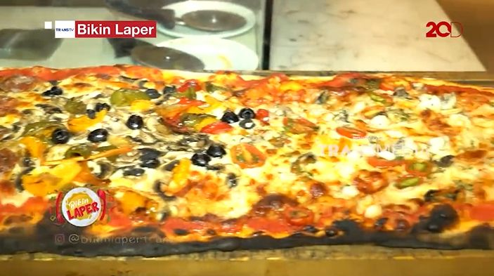bikin laper: pizza 1 meter