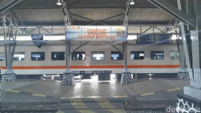 Sebanyak 104 calon penumpang kereta gagal berangkat dari Daop 7 Madiun. Sebab, berkas persyaratan mereka tidak sesuai.