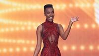 7 Potret Seksi Zozi Tunsi Bergaun Tex Saverio di Miss Universe 2020