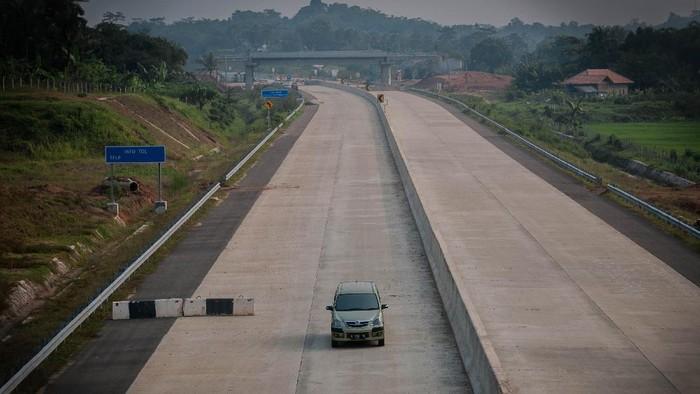 Pembangunan Tol Serang-Panembang seksi I telah mencapai progres 95,24 persen. Tol itu ditargetkan dapat dilakukan uji laik fungsi pada Juni 2021 mendatang.