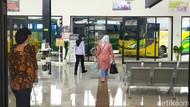 Nadi Kehidupan di Terminal Garut Kembali Berdenyut