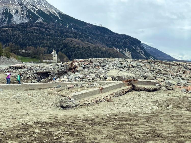 Reruntuhan Desa Curon