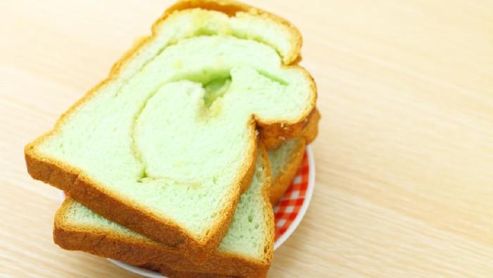 Slice of pandan bread
