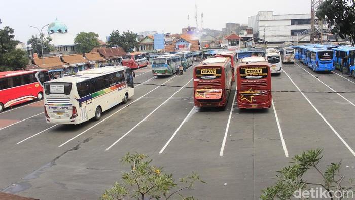 Terminal Cicaheum Bandung.