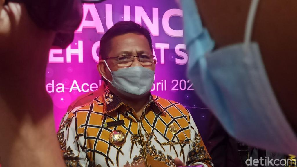 Sembuh dari Corona, Wali Kota Banda Aceh Mulai Ngantor Lagi