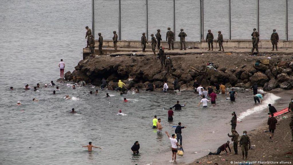 Ribut dengan Spanyol, Maroko Gunakan Pengungsi ke Ceuta untuk Unjuk Gigi