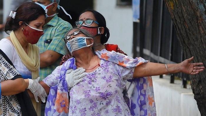Covid di India: Kekalutan akibat merebaknya jamur hitam yang sebabkan cacat pada pasien Covid-19, stok obat menipis