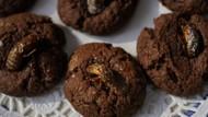 Hama Jangkrik yang Kini Jadi Kue Coklat