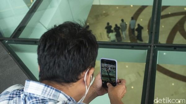 Gedung baru di mal tersebut menyajikan tempat khusus untuk pengunjung berfoto-foto.