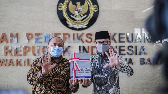 Pemkot Bogor dan DPRD Kota Bogor meraih penghargaan dari BPK. Diketahui, penghargaan ini telah diraih Pemkot Bogor untuk kelima kalinya.