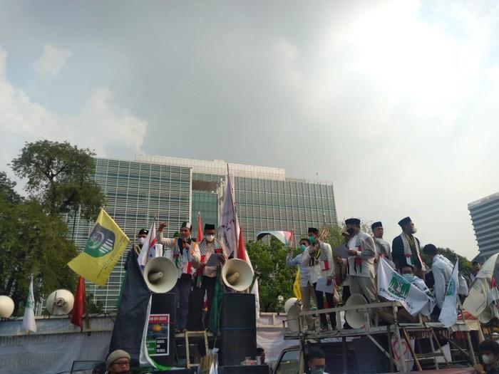 Aksi Solidaritas Indonesia untuk Kemerdekaan Palestina (Aksi SoLid Palestina) yang dilakukan Kondsolidasi Pelajar Mahasiswa dan Pemuda Indonesia (Kolaborasi). (Dok Kolaborasi)
