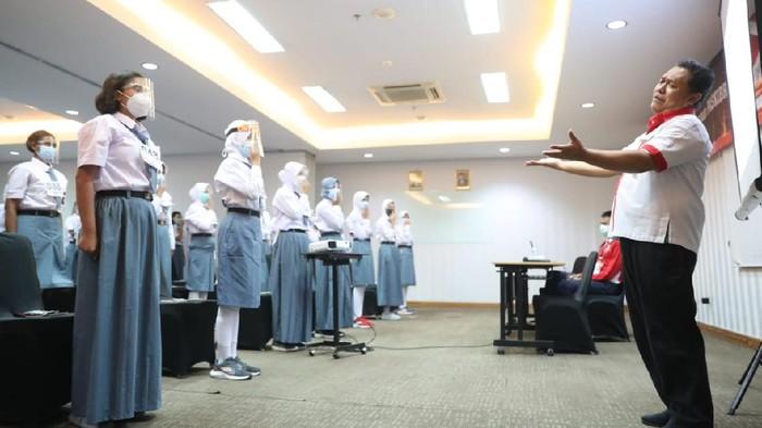 Asisten Deputi Kepemimpinan dan Kepeloporan Pemuda, Ibnu Hasan, mewakili Menteri Pemuda dan Olahraga Republik Indonesia (MENPORA RI), Zainudin Amali, menghadiri sekaligus menjadi narasumber dalam acara Seleksi dan Latihan Gabungan Paskibraka Provinsi DKI Jakarta di Hotel 88 Mangga Besar, Jakarta Barat, Kamis malam (20/5/2021).