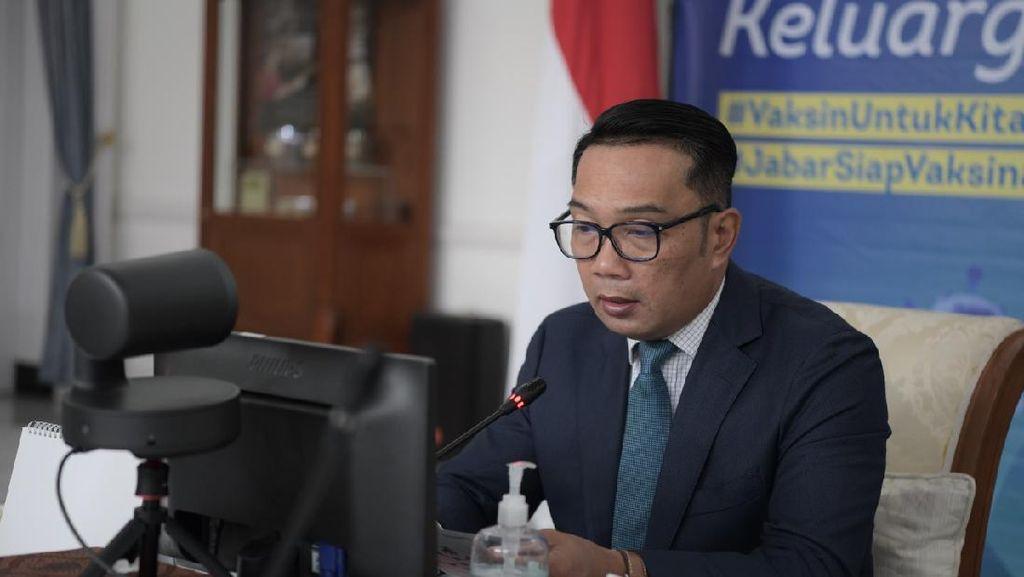 Ridwan Kamil: Ruang Publik-Kegiatan Warga Harus Terintegrasi PeduliLindungi
