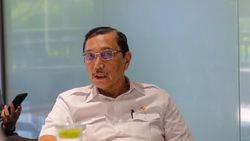 Luhut Sebut Butuh Rp 200 T untuk Bangun Tanggul di Pesisir Jakarta