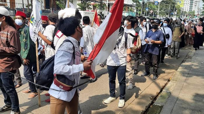 Massa kumpul di Menteng long march ke Kedubes AS (Foto: Fathan/detikcom)