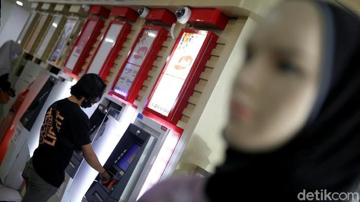 Pengumuman! Transaksi di ATM Link Tak Gratis Lagi Mulai ...