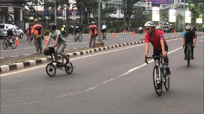 Pesepeda Meninggal, Kebijakan JLNT untuk Road Bike Diminta Dihentikan