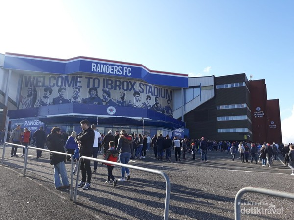 Ibrox stadium markas Rangers FC