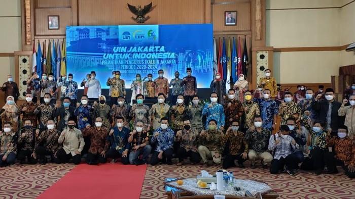 Pengurus IKALUIN Jakarta Dilantik oleh Rektor UIN Jakarta