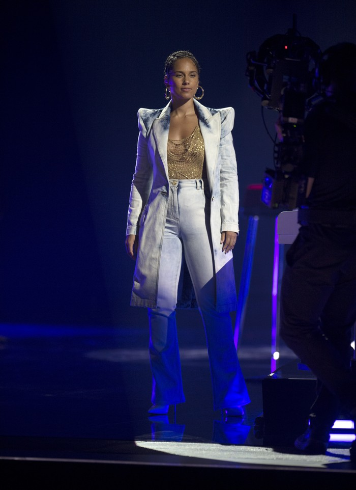 Alicia keys performs at the 2021 Billboard Music Awards at the Microsoft Theatre in Los Angeles, Ca