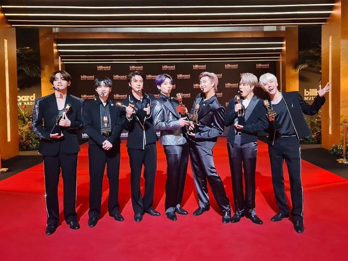 BTS Billboard Music Awards 2021