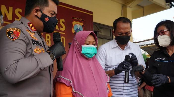 Jurus Maut Bos Lebaran Tipu Ratusan Emak-emak di Mojokerto Hingga Rp 1 Miliar