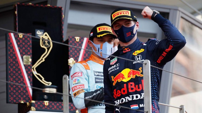 MONTE-CARLO, MONACO - MAY 23: Race winner Max Verstappen of Netherlands and Red Bull Racing celebrates on the podium during the F1 Grand Prix of Monaco at Circuit de Monaco on May 23, 2021 in Monte-Carlo, Monaco. (Photo by Sebastian Nogier - Pool/Getty Images)