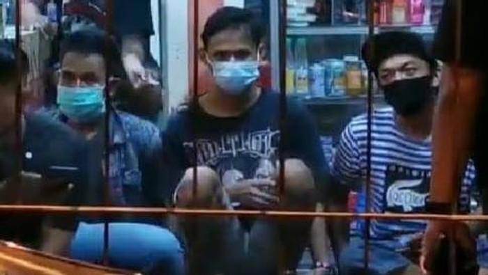 Preman Keroyok Anggota TNI di Terminal Purabaya diamankan