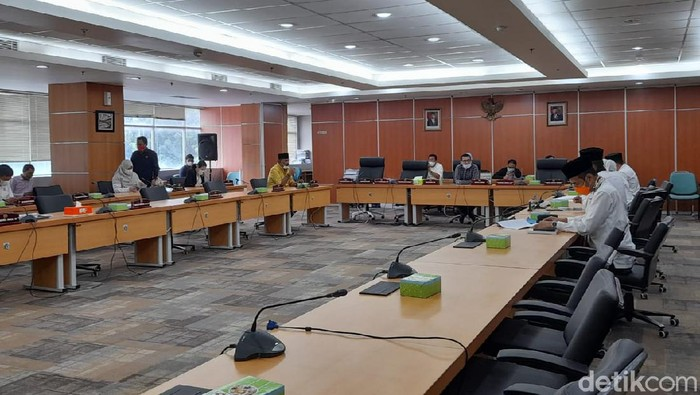 Rapat DPRD DKI Jakarta. (Tiara Aliya/detikcom)