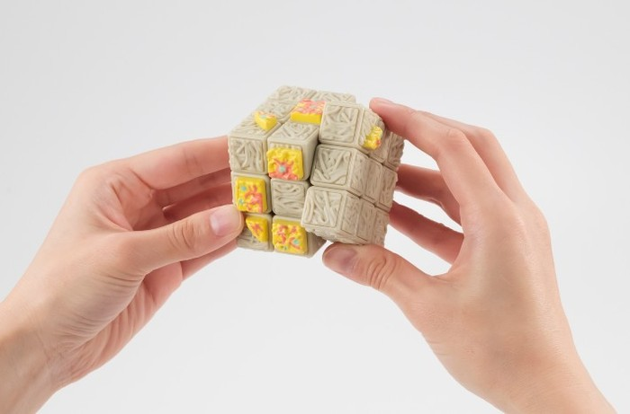 Unik! Rubik Bentuk Mie Instan, Bikin Ngiler Tapi Tak Bisa Dimakan