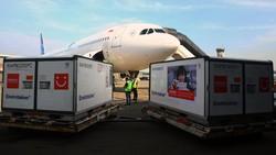 Sebanyak delapan juta dosis vaksin COVID-19 Sinovac kembali tiba di Indonesia. Vaksin baku ini selanjutnya akan langsung dibawa ke Bio Farma Bandung.
