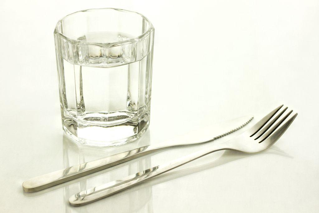Water Fasting, Metode Diet Hanya Minum Air Putih Diklaim Ampuh Turunkan BB