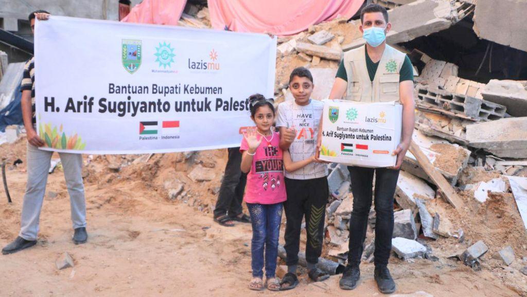 Donasi untuk Palestina dari Bupati Kebumen
