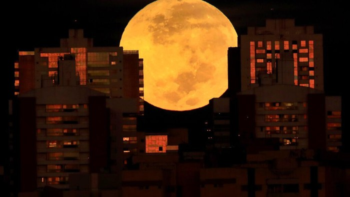 Gerhana Bulan Total Super Blood Moon